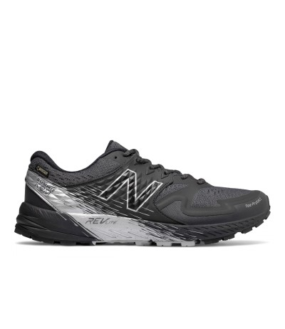 NEWBALANCE SUMMIT K.O.M. GTX MENS black/grey